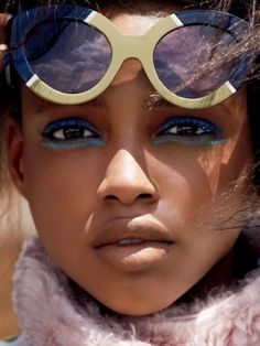 "miss-mandy-m: ""Makeup Mondays: Aya Jones in cobalt blue eyeliner photographed by Cédric Buchet for Allure, September "" Makeup Inspo, Makeup Inspiration, Beauty Makeup, Eye Makeup, Hair Makeup, Hair Beauty, Beauty Shoot, Makeup Ideas, Beauty Editorial"