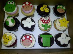 Mario yoshi cupcakes