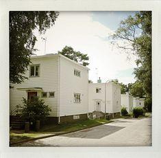 Functionalism –architecture from the 30s. Södra Ängby, Sweden (I huvudet på Elvaelva).