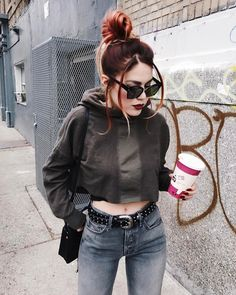 Pin by jords freeman on in 2019 Grunge Outfits, Grunge Fashion, Casual Outfits, Cute Outfits, Fashion Outfits, Le Happy, Cozy Winter Outfits, Summer Outfits, Kleidung Design
