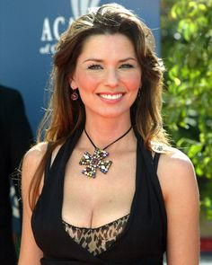Shania Twain - Academy of Country Music Awards in Las Vegas - Country Women, Country Girls, Shania Twain Pictures, Windsor, Sara Evans, Portraits, Thats The Way, Foto Pose, Female Singers