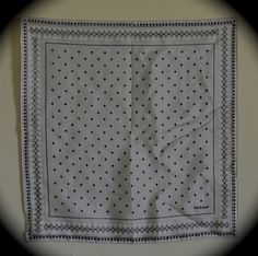 Early Vera scarf