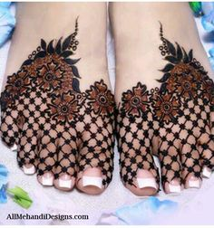 Henna designs - 90 Beautiful Leg Mehndi Designs for every occasion – Henna designs Henna Hand Designs, Mehndi Designs Feet, Legs Mehndi Design, Mehndi Designs 2018, Mehndi Design Pictures, Mehndi Designs For Girls, Unique Mehndi Designs, Wedding Mehndi Designs, Beautiful Mehndi Design
