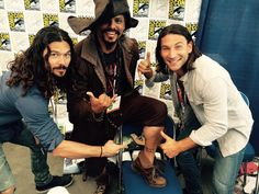 """Newest Zach McGowan photo.:"""" with our biggest fan """"Mr. C"""" that is a real tattoo! Black Sails Cast, Black Sails Starz, Zack Mcgowan, Luke Arnold, Photo Comic, Tom Hopper, Pirate Life, Girl Problems, Playing Dress Up"""