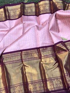 Kalpavruksh mohiddin estate near railway reservation counter bandar road Vijayawada Buckinghampet 2020 Kanjivaram Sarees Silk, Indian Silk Sarees, Pure Silk Sarees, Bridal Sarees South Indian, Bridal Silk Saree, Saree Wedding, Half Saree Designs, Saree Blouse Neck Designs, Bridal Blouse Designs