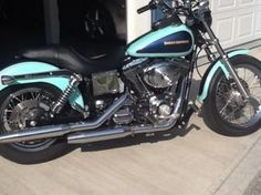 Beauty!!! I think I want!  2002 Harley Davidson Dyna Low Rider   Mint Green and Midnight Blue!