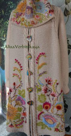 Coat with embroidery 2 by AlisaSonya on Etsy: Mantel mit Stickerei 2 von AlisaSonya auf Etsy: Crochet Coat, Crochet Cardigan, Crochet Clothes, Wool Embroidery, Embroidery Stitches, Embroidery Designs, Etsy Embroidery, Hand Knitting, Knitting Patterns