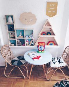 kids room, colorful + wood | @nynneetliloujos