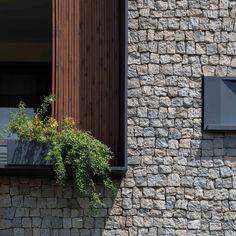 Gallery of 144 House Apartment / Ali Sodagaran + Nazanin Kazerounian - 11 Stone Cladding, Construction, Building Exterior, Facade Design, Facade Architecture, Stone Houses, Facade House, Modern Landscaping, Industrial