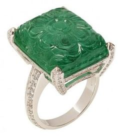 Goshwara - carved emerald ring