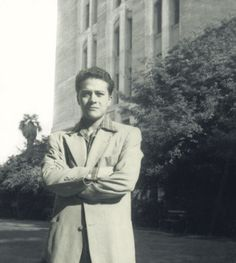 Carlos Castaneda, mystic and nagual (seer, shaman, sorcerer) Carlos Castaneda, Paranormal, Western Philosophy, Howl At The Moon, Writers And Poets, Don Juan, Important People, Weird World, Spirituality