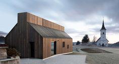 dekleva-gregoric-architects-chimney-house-logatec-slovenia-designboom-02