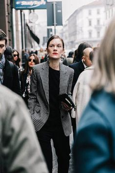 Check Plaid Blazer / Street style fashion / fashion week #fashionweek #fashion #womensfashion #streetstyle #ootd #style / Pinterest: @fromluxewithlove