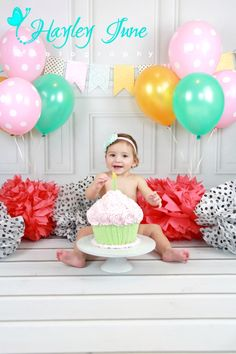 Mint green, light pink, gold and polka dot cake smash.  Happy first birthday baby A!!!  So happy to celebrate it with you at my studio for a smash the cake session. Cake smash, Calgary cake smash, Calgary photographer, Tutu, first birthday, one year picture,one year photo, girl cake smash ideas, polka dot, pink