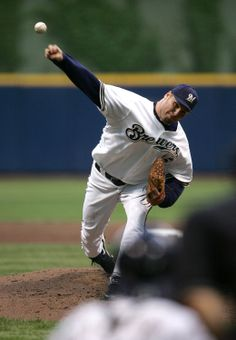 "It's #ThrowbackThursday & we're getting ready for this weekend's Brewers vs. Yankees series! On June 7, 2005, the Crew defeated the Yankees, 2-1, behind pitcher Ben Sheets. Since the Yankees haven't played at Miller Park in 9 years, we've got your chance to score Terrace Reserved tickets for TOMORROW night's game for just $9! Enter ""THROWBACK"" as the coupon code on brewers.com. #TBT #MILvsNYY"