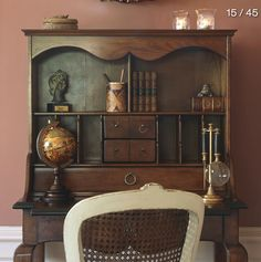 La DécoBelge - TILLY CAMBRE - - El'lefébien English Country Style, Antique Desk, English House, Wall Colors, Vintage Decor, Home Office, Beautiful Homes, Kitchen Decor, Sweet Home