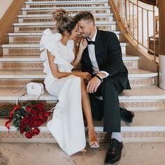 Feliz día de los enamorados!! 💕#disoñandobodas #disoñando #bodas #sanvalentin #novias #enamorados #amor #love #bride #wedding #style #tendencias #outfit #pareja #rosas #brides #flowers #rosas #bouquet #flowerdesign #novios
