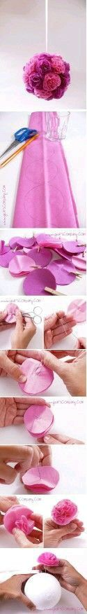 Arreglo de flores de papel colgantes