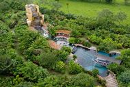 Located in the heart of the rain forest, this large resort has 25 pure water pools and takes pride in a its family-friendly atmosphere. Unique to Baldi is the resort's three large water slides, ranging from 104 to 325 feet long. The slides cater to children and adults alike.