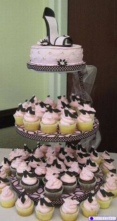 Shoe cake and cupcakes