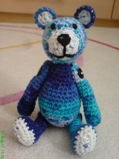 Embracing Hope Project--crochet or knit a bear and send to this organization which supports abused or trauma affected children. Patterns for 4 different sized bears available free here.