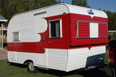 ~~ THIS TRAILER IS NOW SOLD ~~ We are in Enderby, B.C. until Nov. l/14 at which time my husband will be heading to our home in Arizona.  I must remain behind because of medical reasons this year.  ...