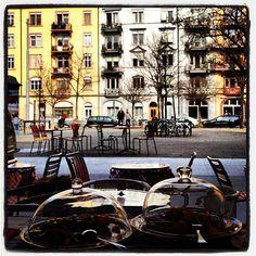 Piazza in Zürich, Zürich Felder, Restaurants, Hotels, Street View, Restaurant