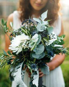 B R A U T S T R A U ß Fotografie: @bjfotografie #diehochzeitsfabrik #instabride #instabraut #wedding #bride #blue #wedding #bridetobe #hochzeit2017 #eukalyptus #flowers #distel #bridalbouquet #bouquet #styledshoot #wild #brautstrauß #rustikal #bridalflowers #foreverly