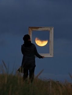 The perfect natural perspective - moon inside a frame! #photography #fun