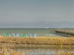 Popular get-a-way in Rockport! walk 500' down the boardwalk to the private pier and beach. Gotta book!