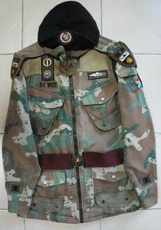 Military Gear, Military Life, Military History, Military Uniforms, An Officer And A Gentleman, Camo Gear, South African Air Force, Army Day, Military Insignia
