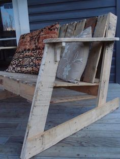 aaron-m: Two Seater Deck Chair - from Pallets
