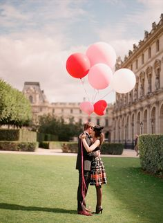 Paris engagement shoot / Paris pre-wedding session - by Aneta MAK #wedding #photo #idea
