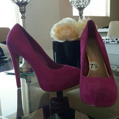 "Hot Pink Suede Jessica Simpson Heels size 7.5 Hot Pink Suede heel. GENTLY USED. Great condition.  Size 7 5 with 4"" heel. Jessica Simpson Shoes Heels"