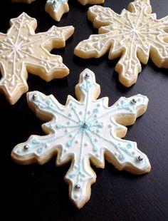 Snowflake  Cookies by SweetWildFlour on Etsy, $30.00