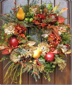 Fall Wreath - Love the pears Thanksgiving Wreaths, Autumn Wreaths, Thanksgiving Decorations, Holiday Wreaths, Fall Arrangements, Wreath Crafts, Wreath Ideas, How To Make Wreaths, Fall Crafts