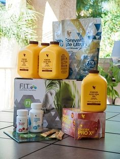 Forever Living is the world's largest grower, manufacturer and distributor of Aloe Vera. Discover Forever Living Products and learn more about becoming a forever business owner here. Forever Living Aloe Vera, Forever Aloe, Chocolate Pack, Chocolate Slim, Easy Diets To Follow, Sante Bio, Clean9, Forever Living Business, Cleanse Program
