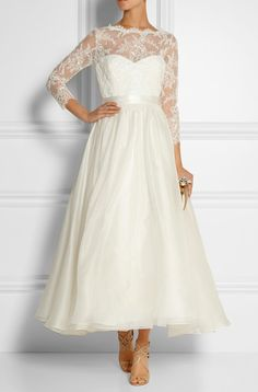 MARCHESA Lace and silk-organza gown  http://www.net-a-porter.com/product/483757/Marchesa/lace-and-silk-organza-gown