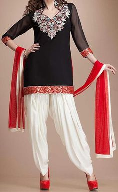 Latest Fashion of Patiala Salwar Kameez Kurti Punjabi Suit Neck Gala Designs India Red and White Black Designer Salwar Kameez, Salwar Kameez Simple, Black Salwar Suit, Patiala Salwar Suits, Punjabi Suits, Black Kurti, Sharara, Shalwar Kameez, Salwar Neck Designs