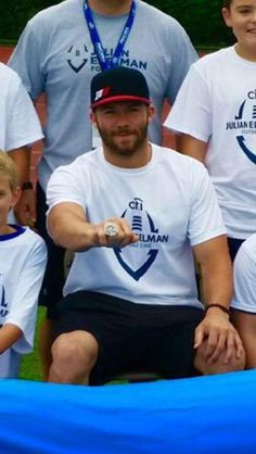 @CitiPrivatePass @ProCamps @Edelman11 #closertopro showing off the new #SuperBowl Championship Ring!