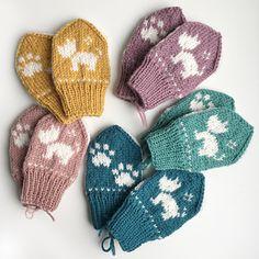 Ravelry: Terriervotten pattern by Tonje Haugli Kids Knitting Patterns, Knitting For Kids, Crochet For Kids, Knitting Designs, Knitting Projects, Crochet Patterns, Knitted Mittens Pattern, Fingerless Gloves Knitted, Knit Mittens