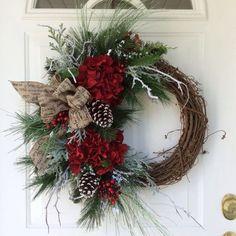 Christmas Wreath-Winter Wreath-Christmas Wreath for Front Door-Holiday Hydrangea Wreath-Snowy Wreath-Traditional Wreath-Berry Wreath Loja de Natal: Grinalda de Natal-Grinalda de Inverno-Grinalda de … Christmas Wreaths For Front Door, Holiday Wreaths, Holiday Crafts, Winter Wreaths, Spring Wreaths, Summer Wreath, Summer Crafts, Noel Christmas, Rustic Christmas