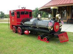 train bbq grill | Choo Choo BBQ Custom Train Engine smoker gas Grill- Reduced for Sale ...