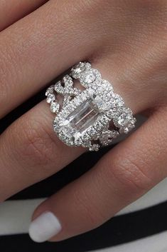 Incredibly Beautiful Diamond Engagement Rings ★ See more: https://ohsoperfectproposal.com/diamond-engagement-rings/ #engagementring #proposal