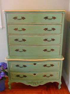 D.D.'s Cottage and Design: Chest on Chest French Provincial Dresser