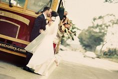 wedding trolley! <3 Picture idea