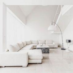 #donská #homerealestate #luxury #home #prague #furniture #design #homedecor #praha10 #modern #forsale #realestate #residence #lifestyle #vršovice #interior #apartments  #property #dreamhome #stylish by homerealestate.cz