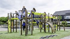 A primary school in Haaksbergen chose Finno's motoric track to its' schoolyard. This play equipment was chosen because of the motorical aspects for different ages and skill levels. Play Equipment, Children's Place, Primary School, Yards, Netherlands, Track, Around The Worlds, Outdoor Structures, The Nederlands