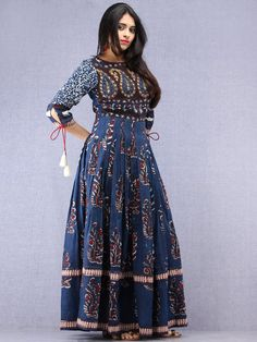 Long Dress Design, Dress Neck Designs, Plazo Kurti, Salwar Kurta, Anarkali Dress, Anarkali Suits, Long Gown Dress, Long Gowns, Indian Gowns Dresses