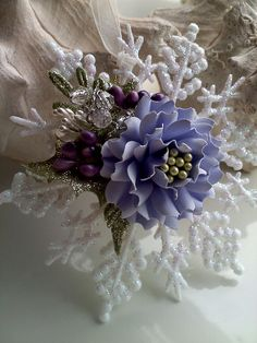 Gorgeous handmade flowers on this site